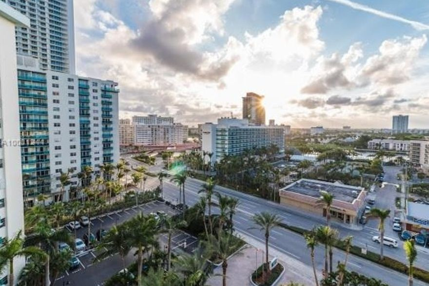 Tides On Hollywood Beach Unit 10v 2 Bedroom Condo For